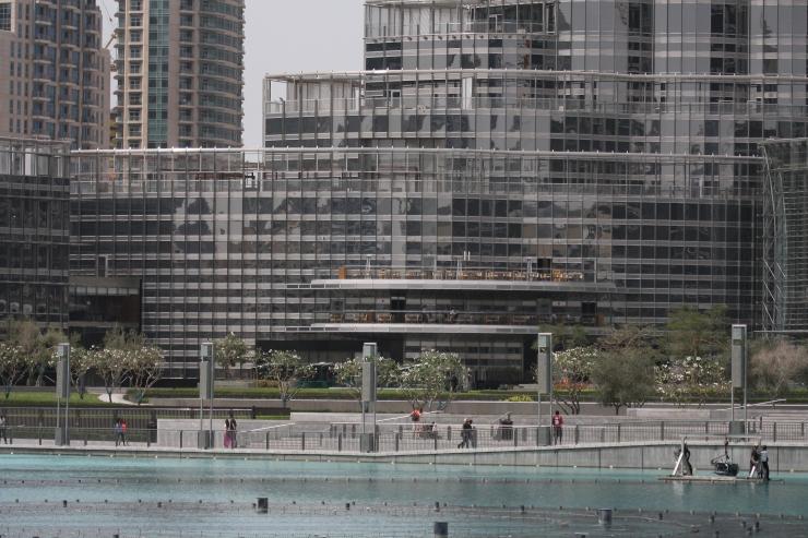 Laura Vanessa Nunes_Suicide at the Burj Khalifa_IMG_8330